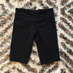 Lululemon Bike Shorts Black Luon Size 4